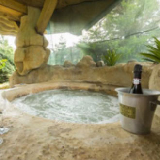 Quirky Accom: Hot Tub Holiday in UK