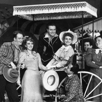 Cast of the longest-running musical - Oklahoma!